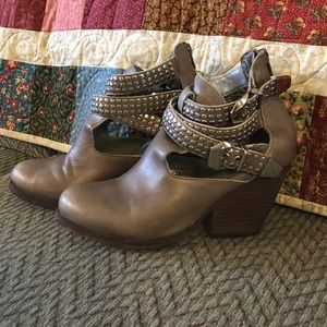 Gray Vintage Boots